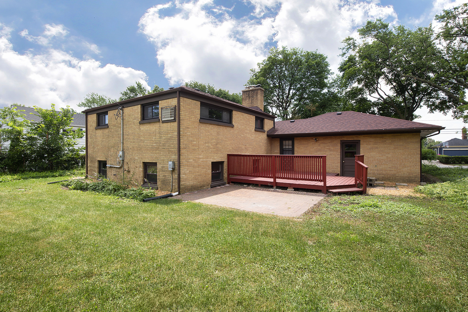 1104 West Lincoln, Mount Prospect, Illinois, 60056