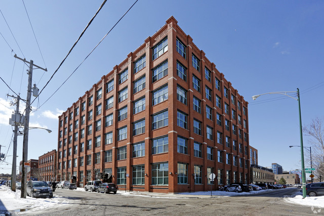 312 N May Street 110, Chicago, IL 60607