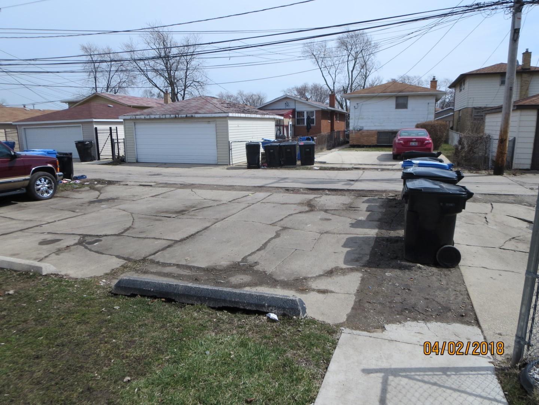 11553 S Racine Avenue