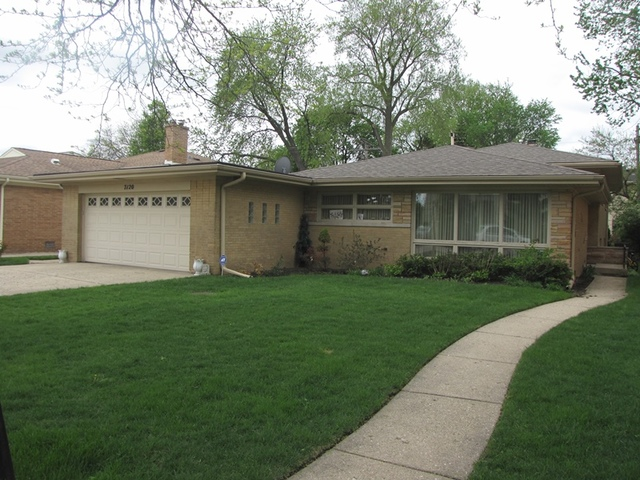 7120 NORTH EAST PRAIRIE ROAD, LINCOLNWOOD, IL 60712