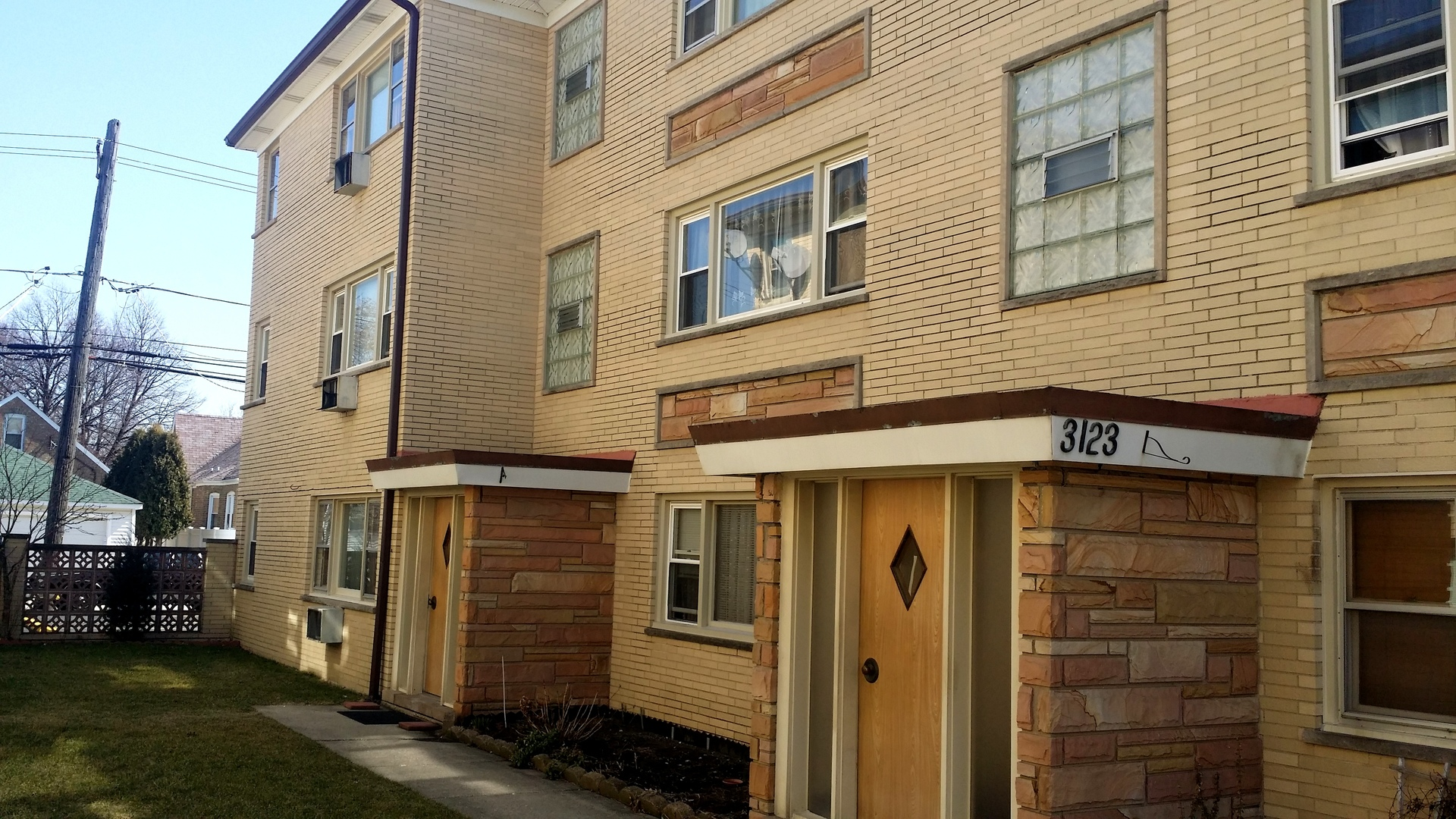 3123 Nashville Unit Unit 2e ,Chicago, Illinois 60634