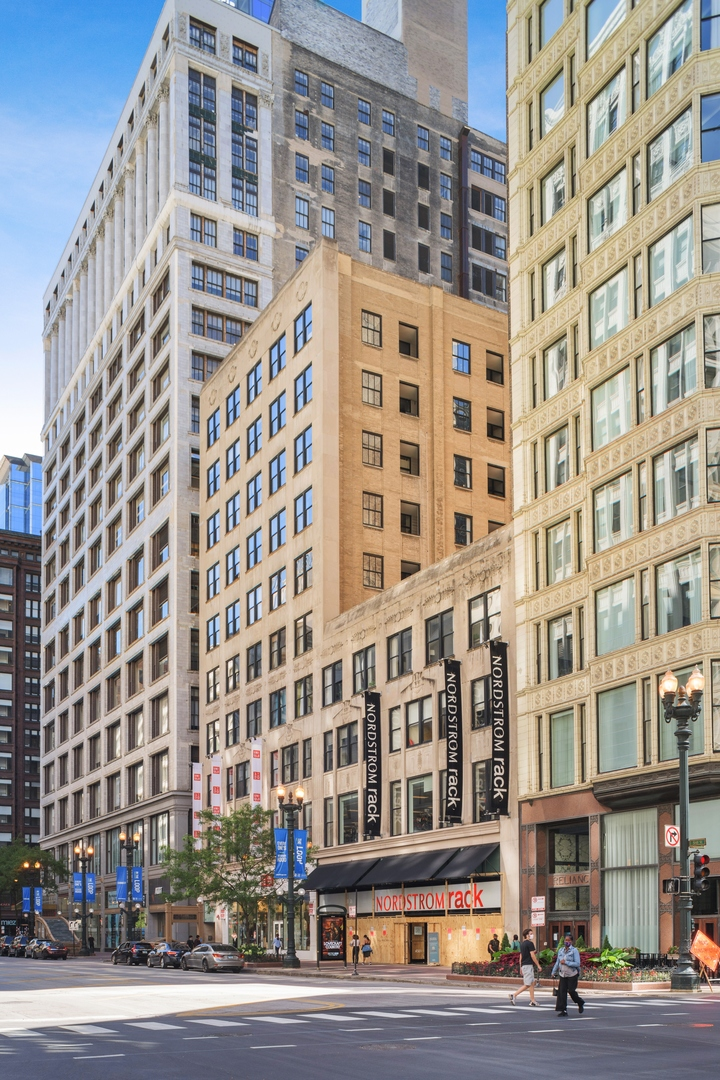 Propertyup Mls 10927016 For Sold 20 N State Unit 405 Chicago Illinois 60602