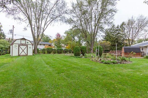 627 Elmwood ,Buffalo Grove, Illinois 60089