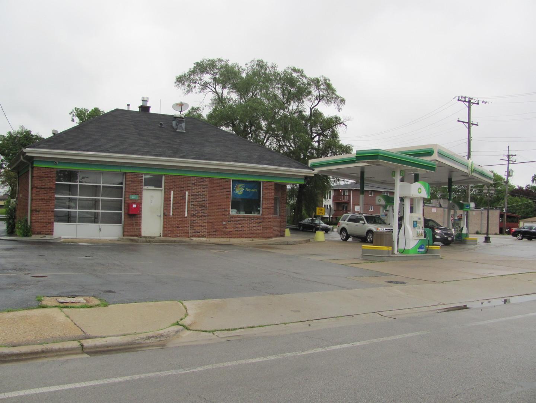 2558 Des Plaines ,North Riverside, Illinois 60546