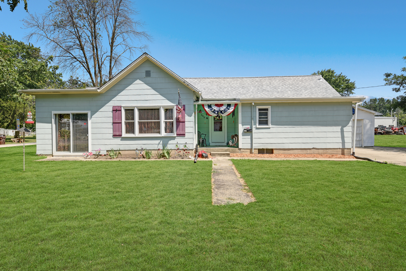 348 Shumway ,Bement, Illinois 61813
