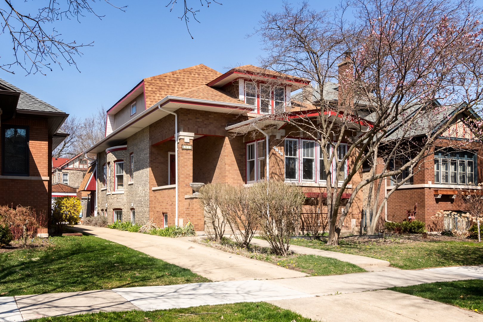 4438 NORTH FRANCISCO AVENUE, CHICAGO, IL 60625