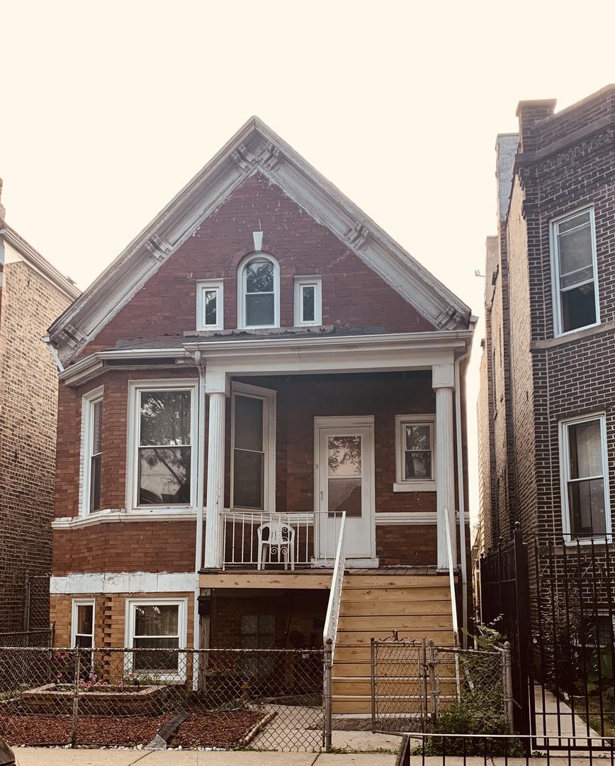 2718 Kedvale ,Chicago, Illinois 60623