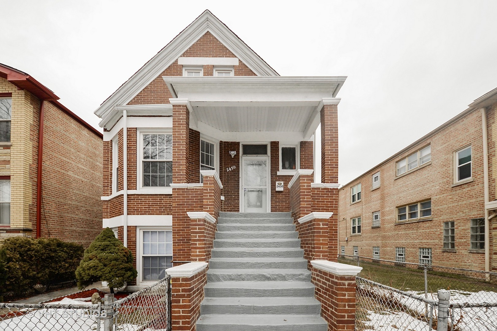 2450 WEST 54TH STREET, CHICAGO, IL 60632