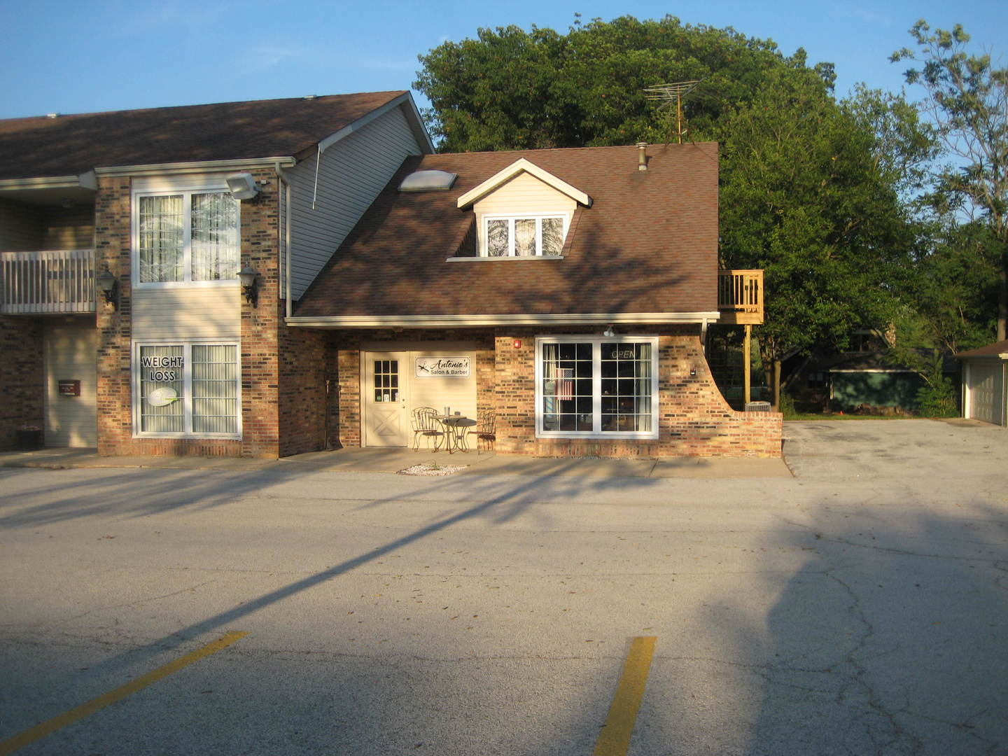 Latest listing business properties for rent or buy on Chicago, Illinois