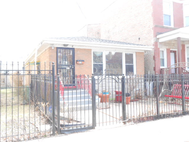 4113 Troy ,Chicago, Illinois 60618