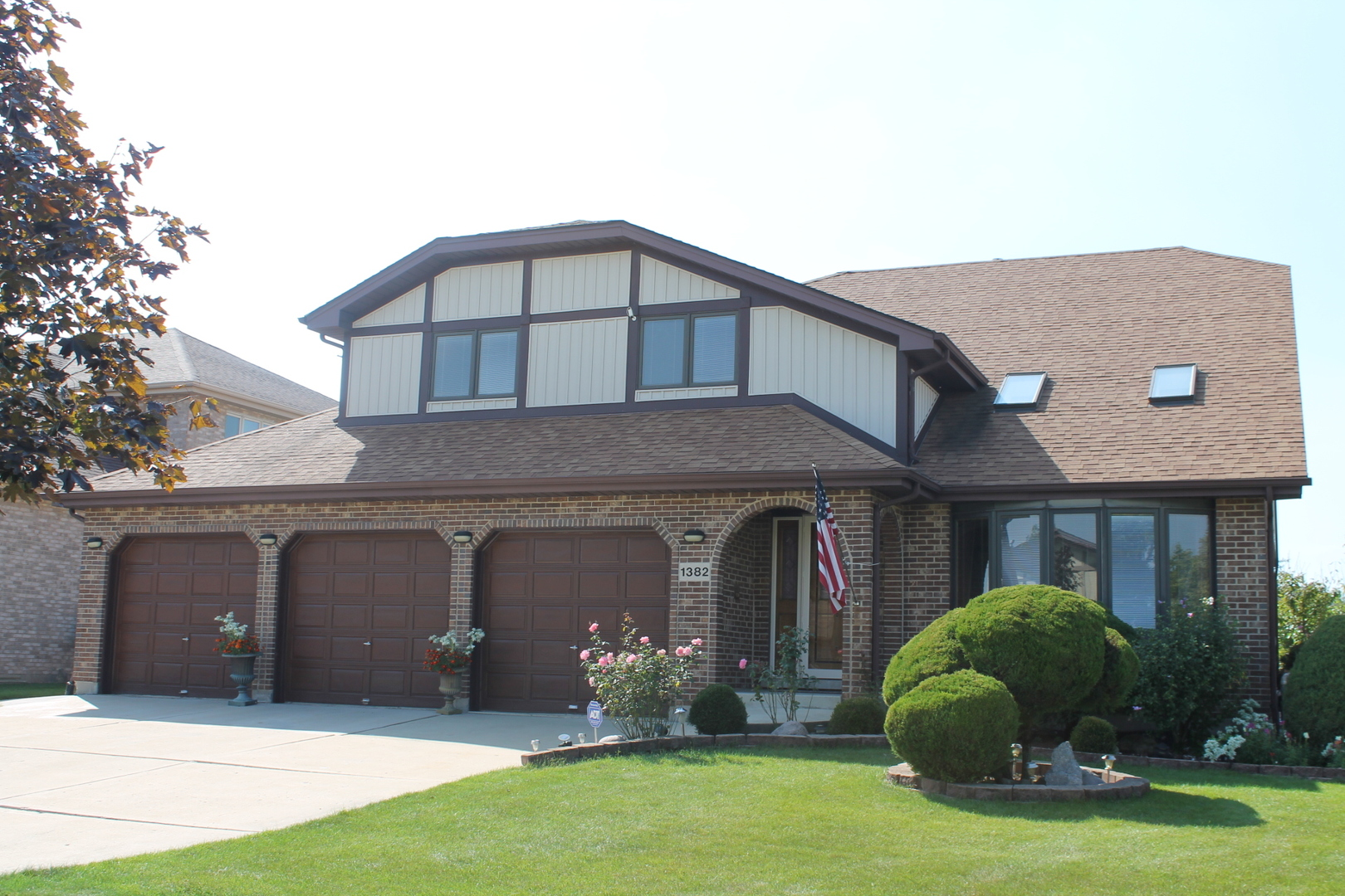 $445,000 - 4Br/4Ba -  for Sale in Addison