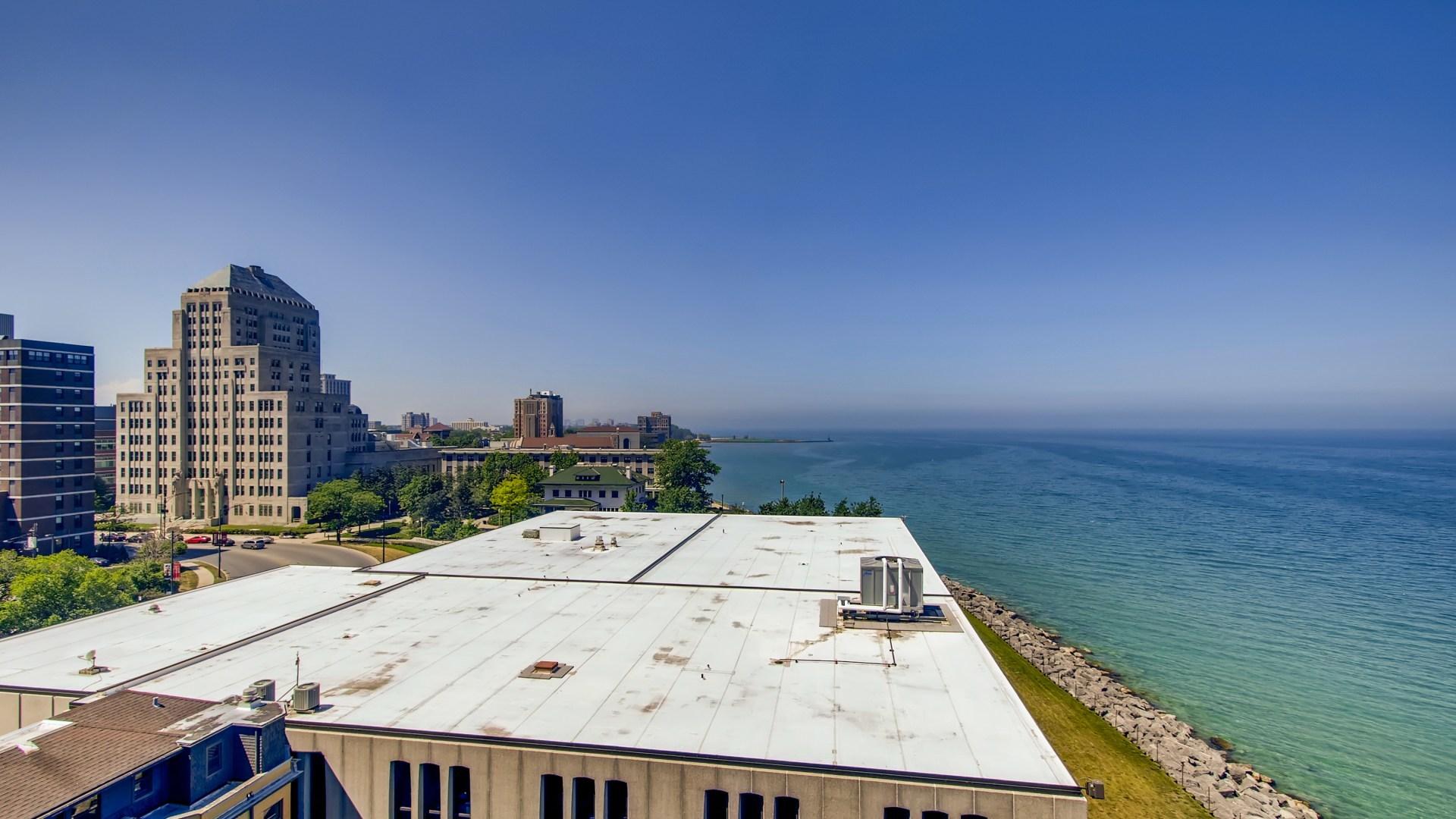6325 Sheridan Unit Unit 802 ,Chicago, Illinois 60660