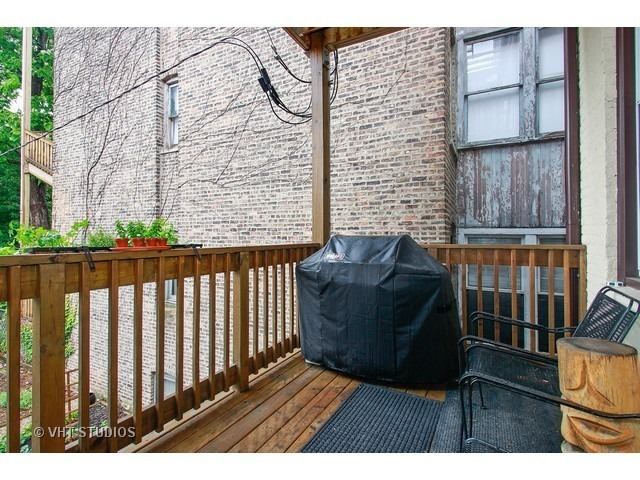 1921 WEST EVERGREEN AVENUE, CHICAGO, IL 60622  Photo