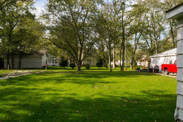 14 Rebecca ,Glenwood, Illinois 60425
