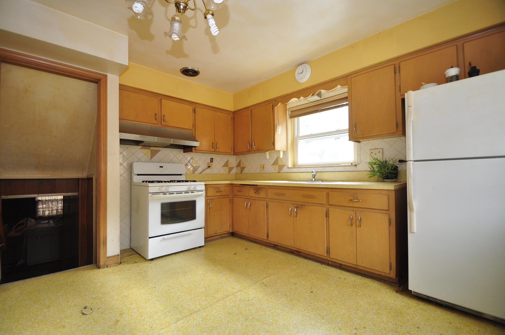 7429 Ainslie ,Harwood Heights, Illinois 60706