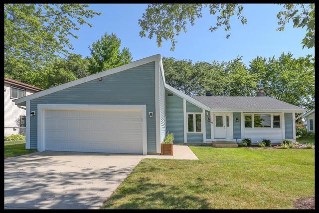 133 Surrey ,Bloomingdale, Illinois 60108