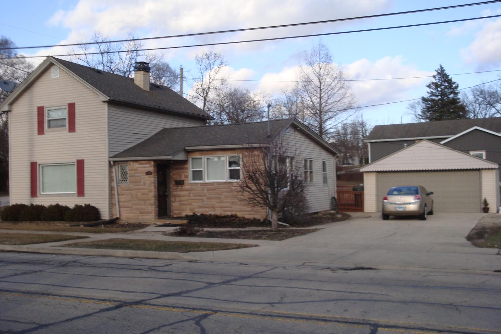 195 Gilbert ,South Elgin, Illinois 60177