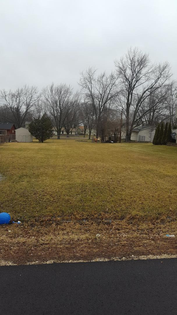 172 Pheasant, Carpentersville, Illinois 60110