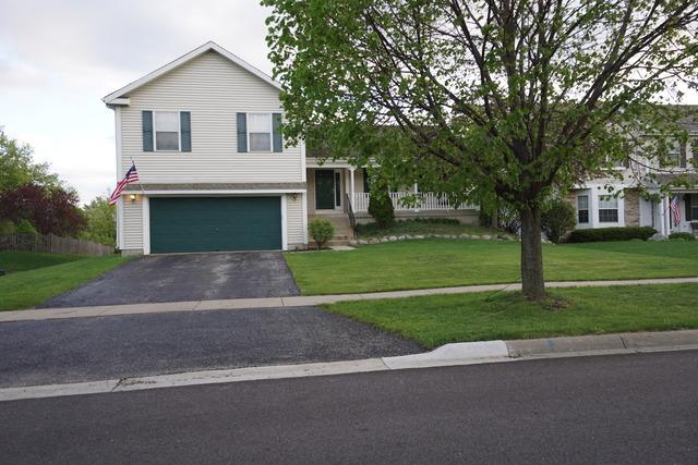 571 Crimson Drive, Crystal Lake, IL 60014