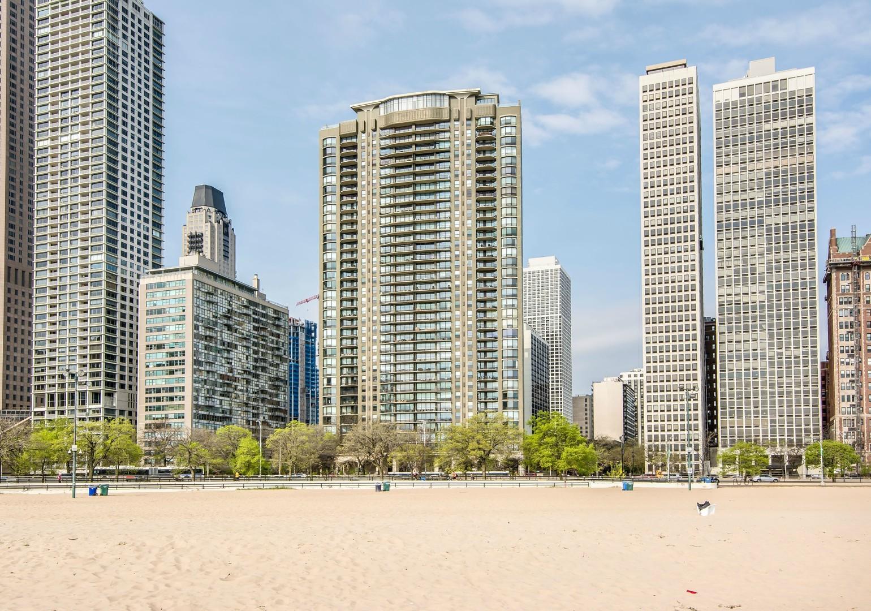 1040 North Lake Shore Drive, Chicago, IL 60611