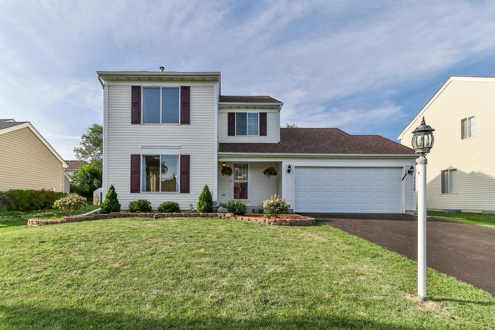 1112 Woodland Heights ,Streamwood, Illinois 60107