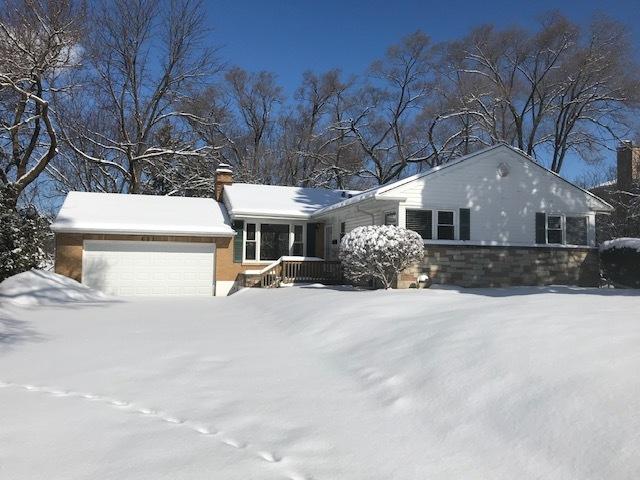 201 Sharon ,Barrington, Illinois 60010