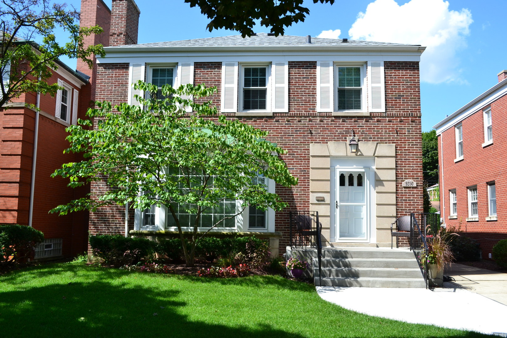 Photo of 9250 South Bell Avenue CHICAGO IL 60643