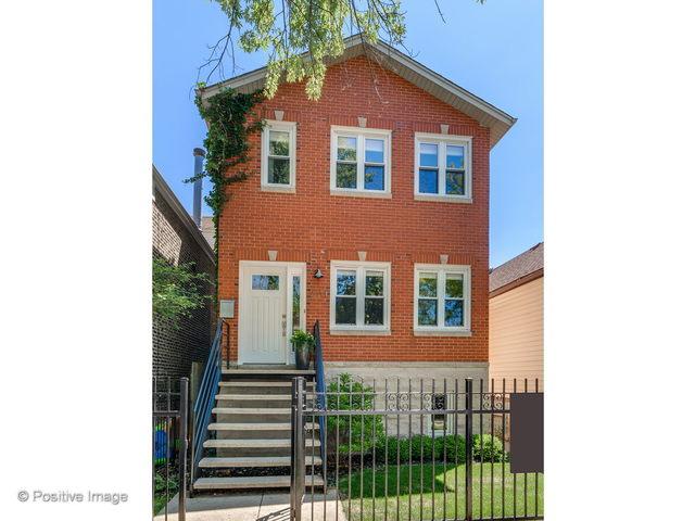 2111 N Oakley Avenue, Chicago, Illinois 60647