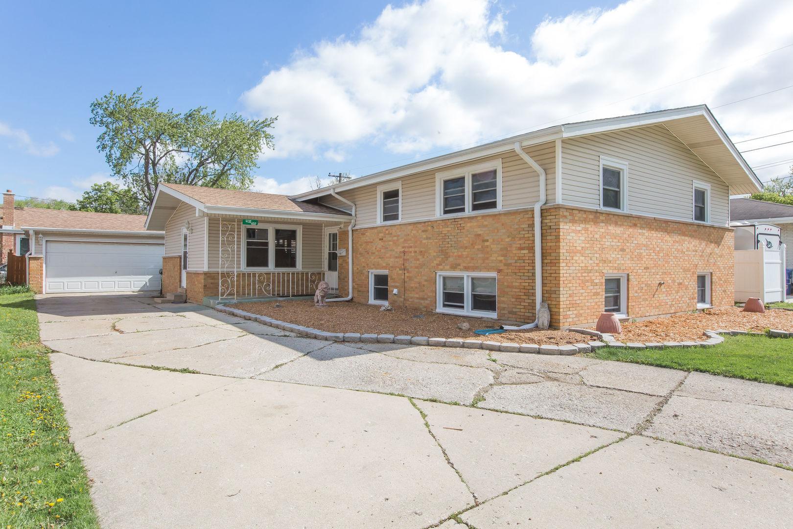 Photo of 4132 101st Oak Lawn IL 60453