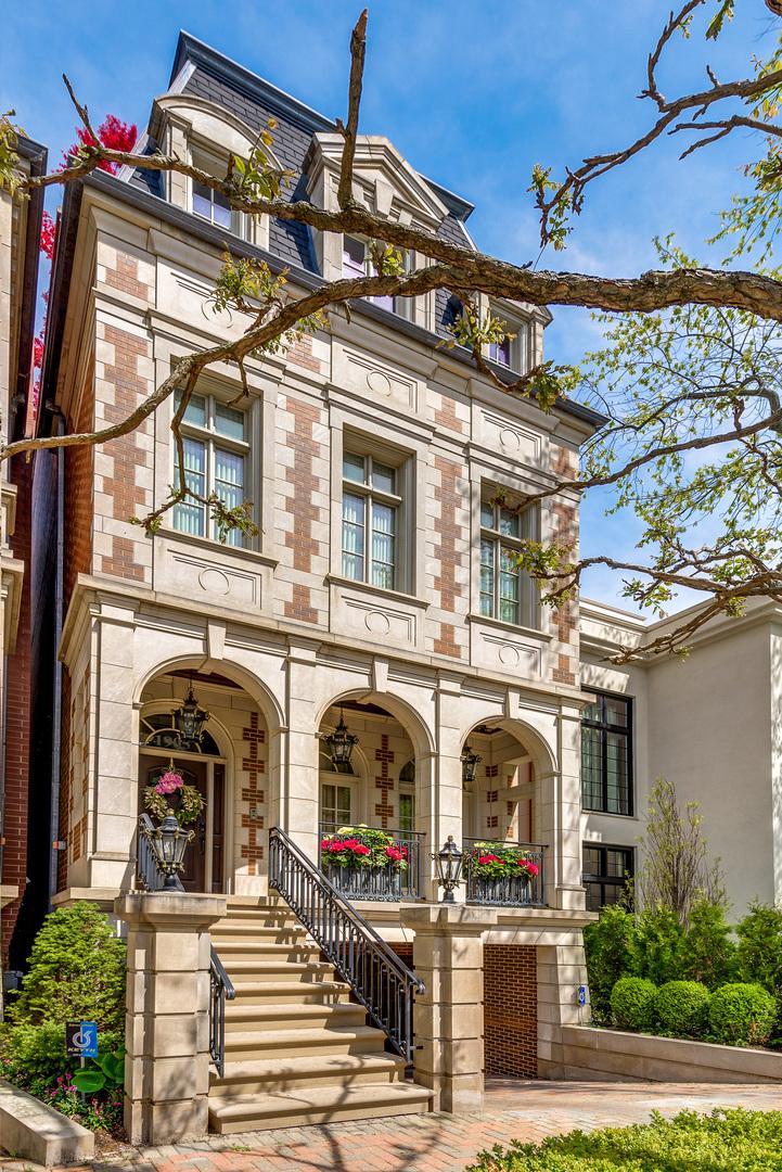 1905 N Burling Street, Chicago, IL 60614