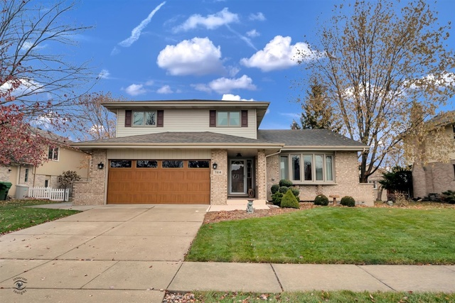 Photo of 7814 Woodstock Drive Tinley Park IL 60477
