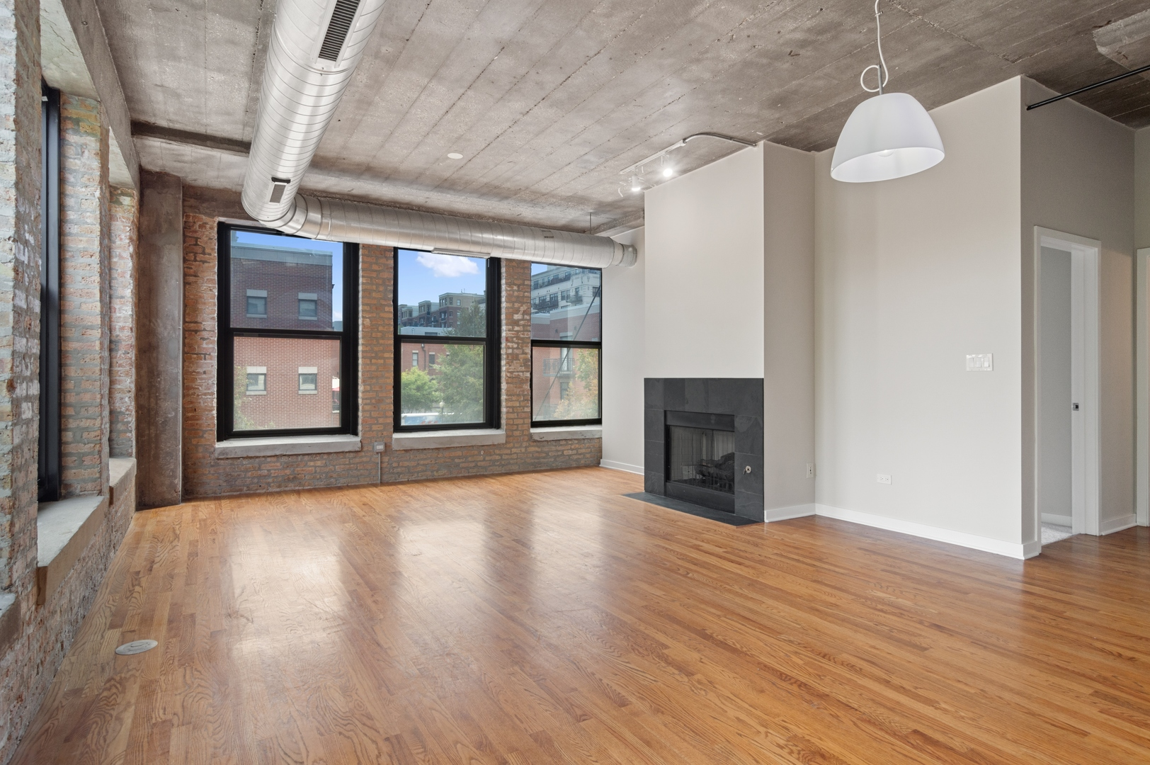 1001 W 15th St apartments for rent at AptAmigo