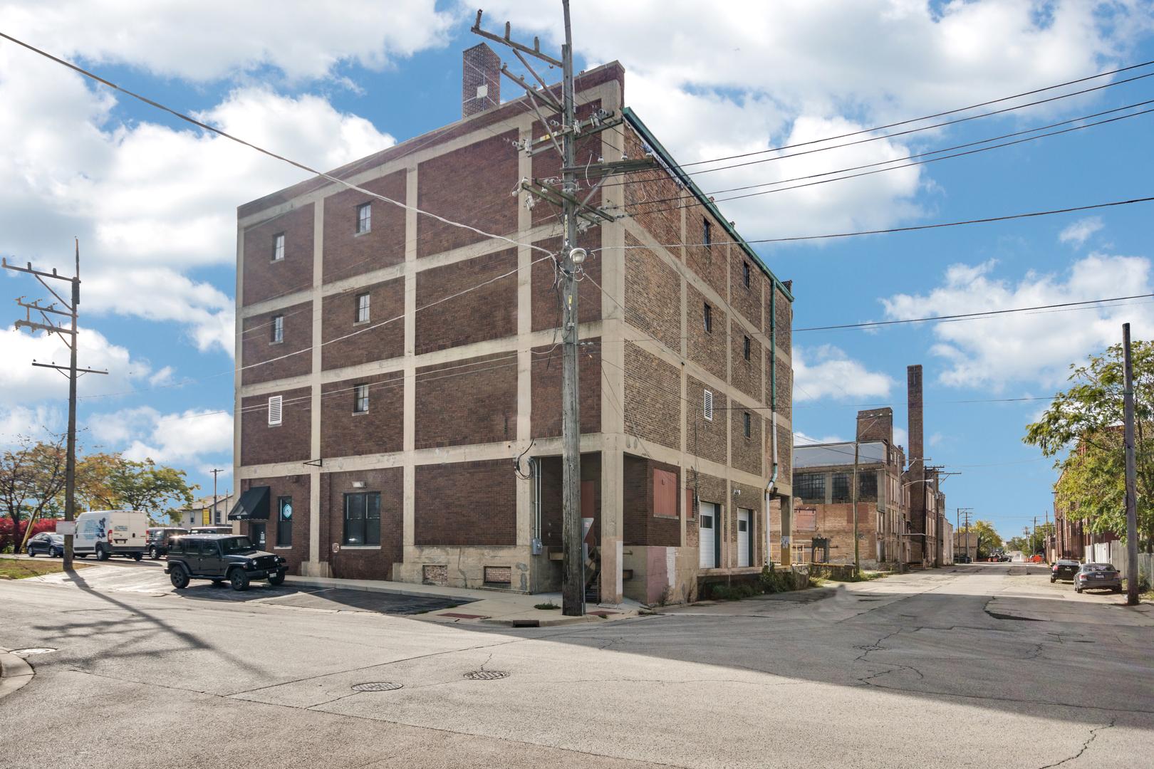 110 Cross ,Aurora, Illinois 60506