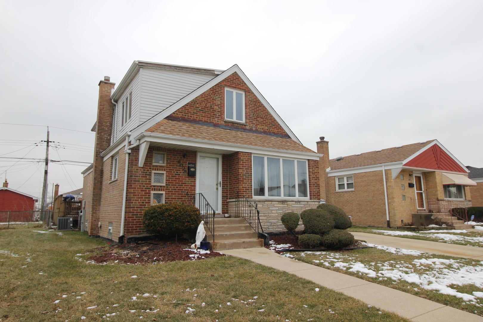 Photo of 8009 Kolin Avenue Chicago IL 60652