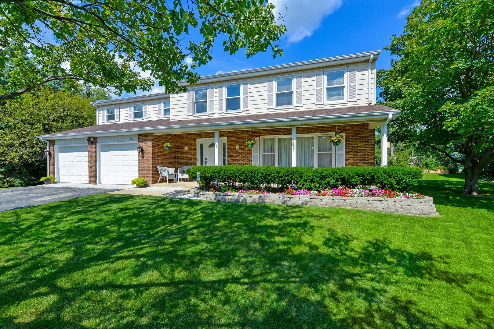 101 Tudor Drive, Barrington, IL 60010