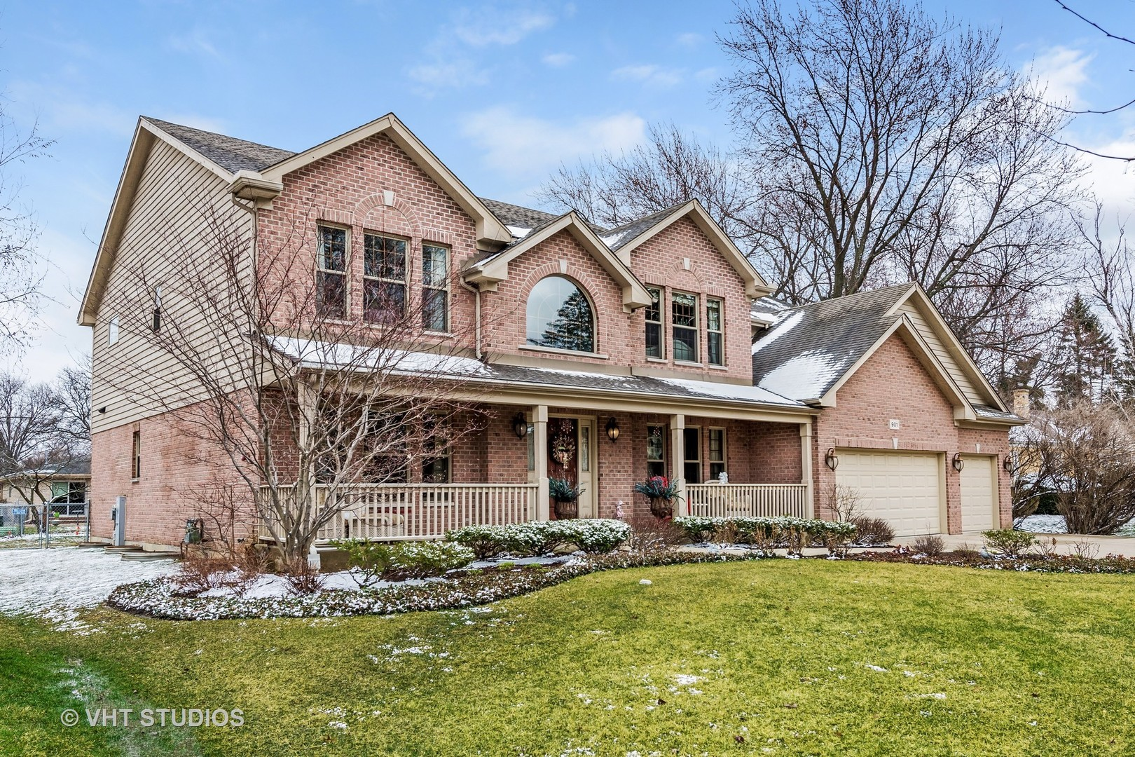 901 South Edgewood Lane, Mount Prospect, IL 60056