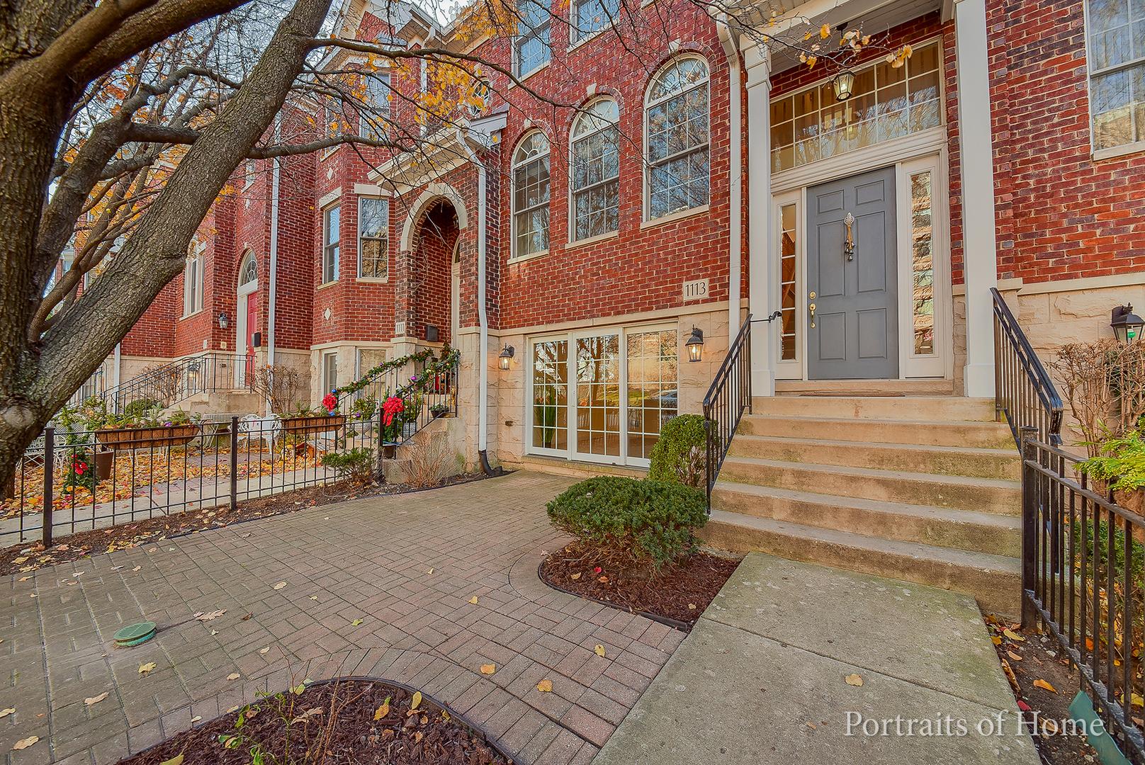 1113 Gilbert Avenue Avenue, Downers Grove, IL 60515