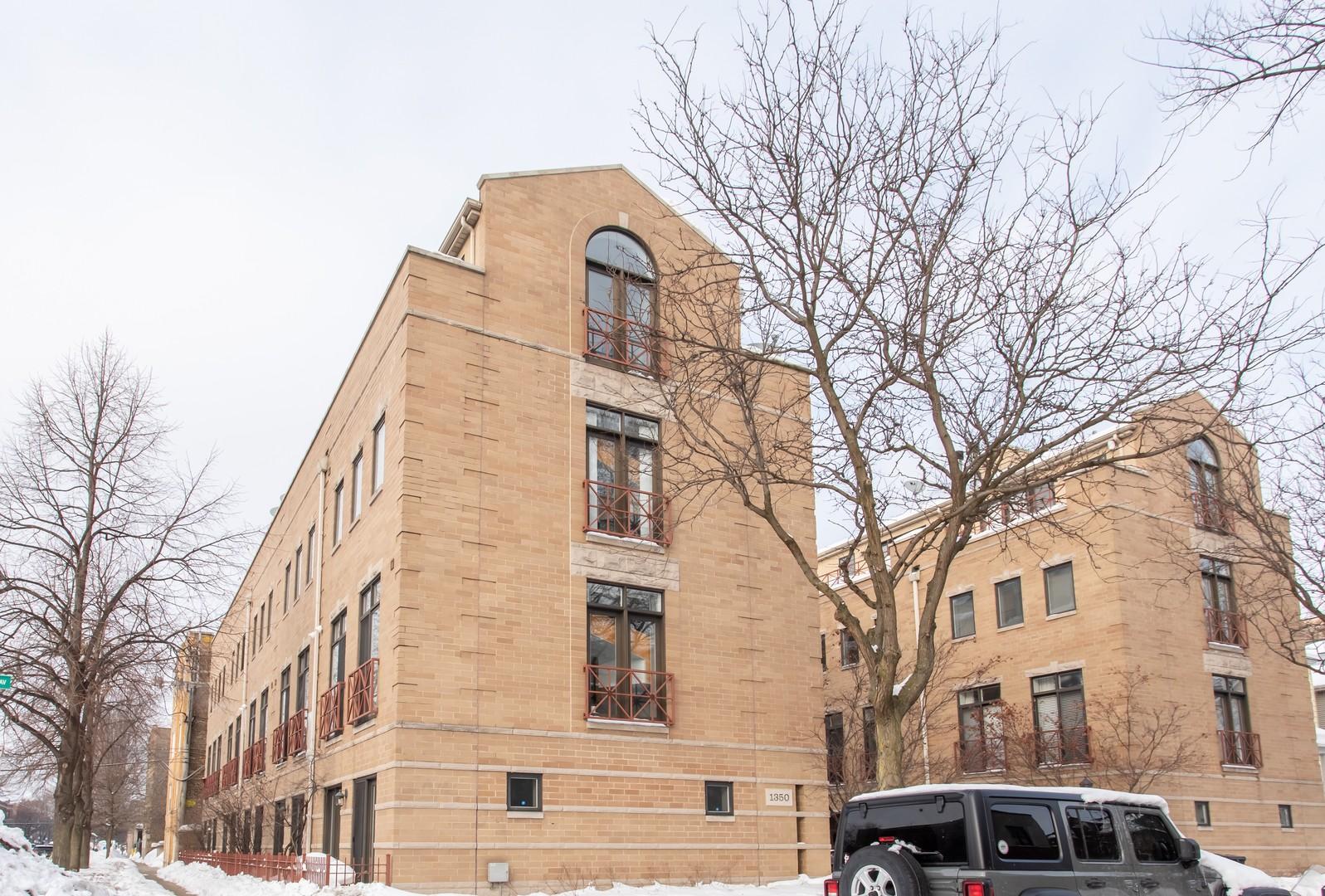 1350 Byron Unit Unit a-11 ,Chicago, Illinois 60613