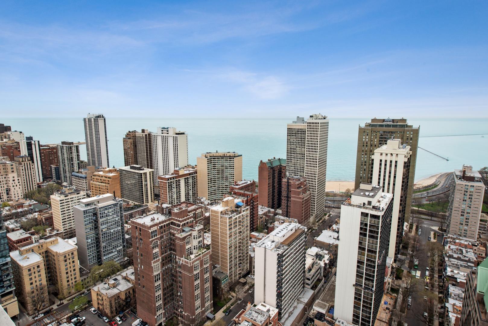 1030 NORTH STATE STREET #39F, CHICAGO, IL 60610  Photo 9