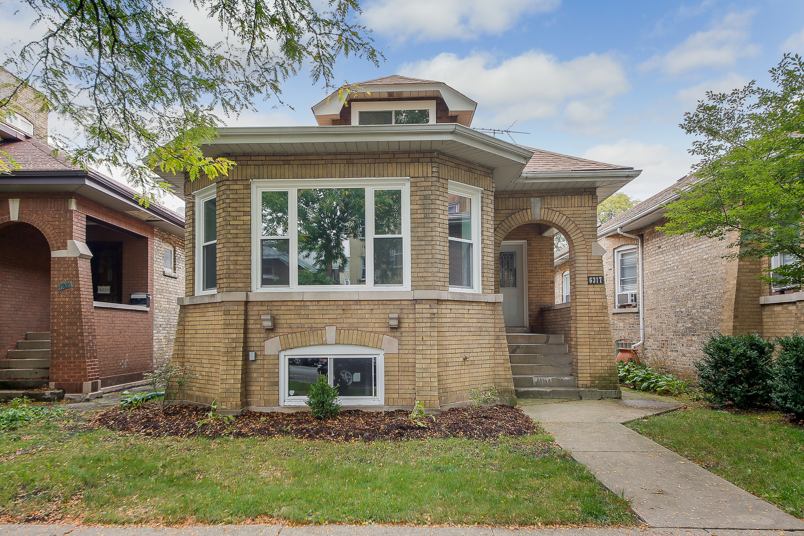 6317 NORTH ROCKWELL STREET, CHICAGO, IL 60659