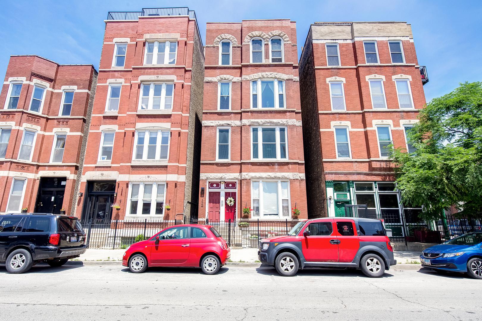 1324 Huron Unit Unit 3r ,Chicago, Illinois 60642