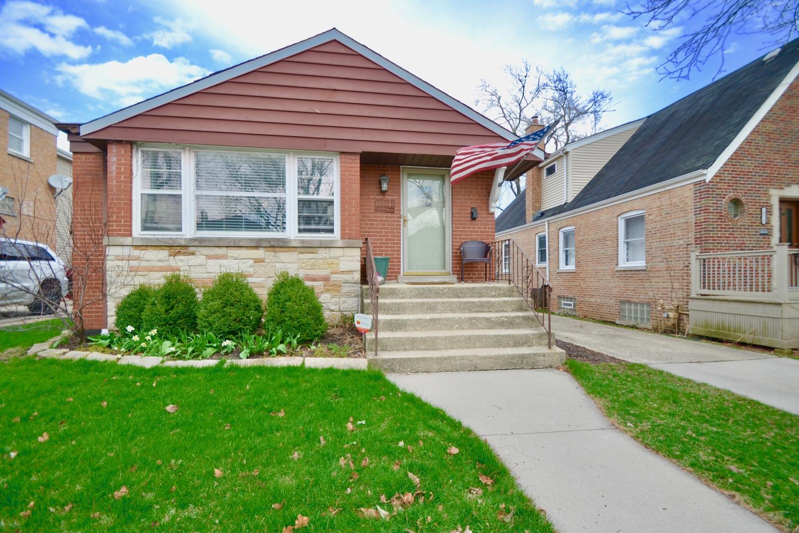 Photo of 10211 Artesian Chicago IL 60655