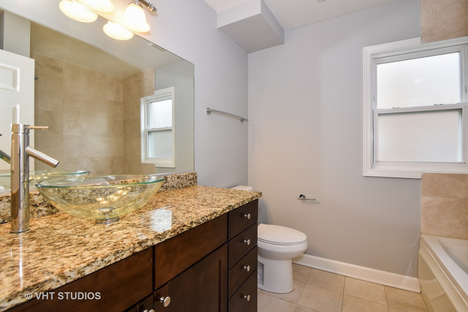 6427 N Damen AVE Unit #2E, Chicago, IL, 60645, condos and townhomes for sale