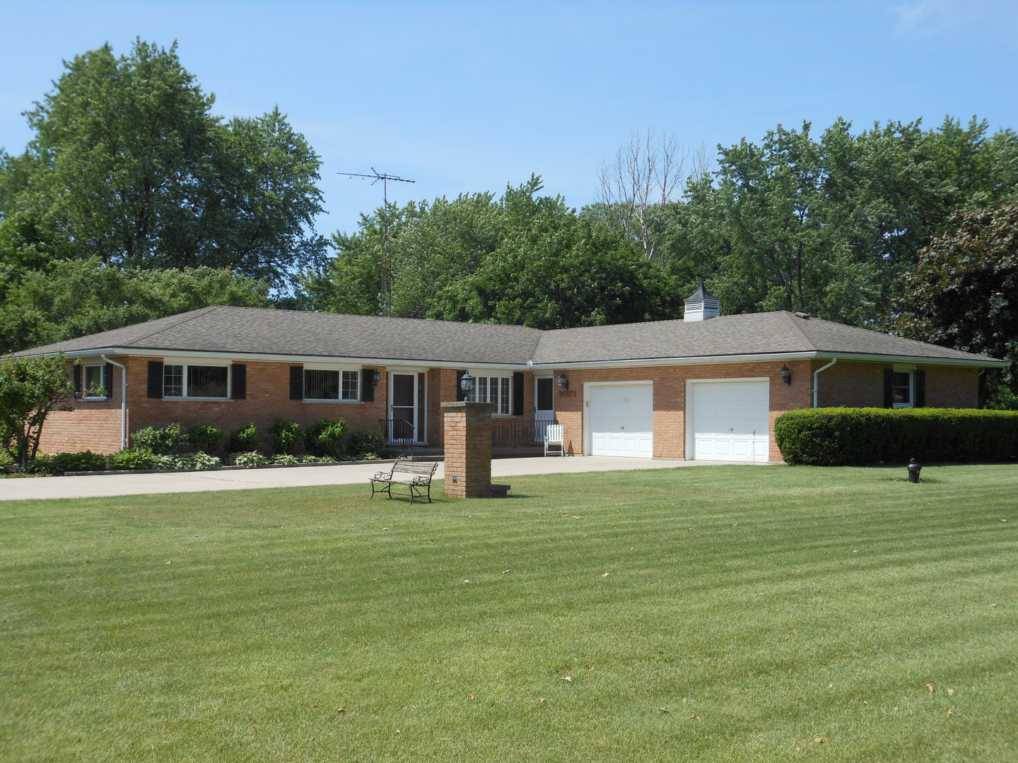 0N972 SHADE TREE LANE, MAPLE PARK, IL 60151