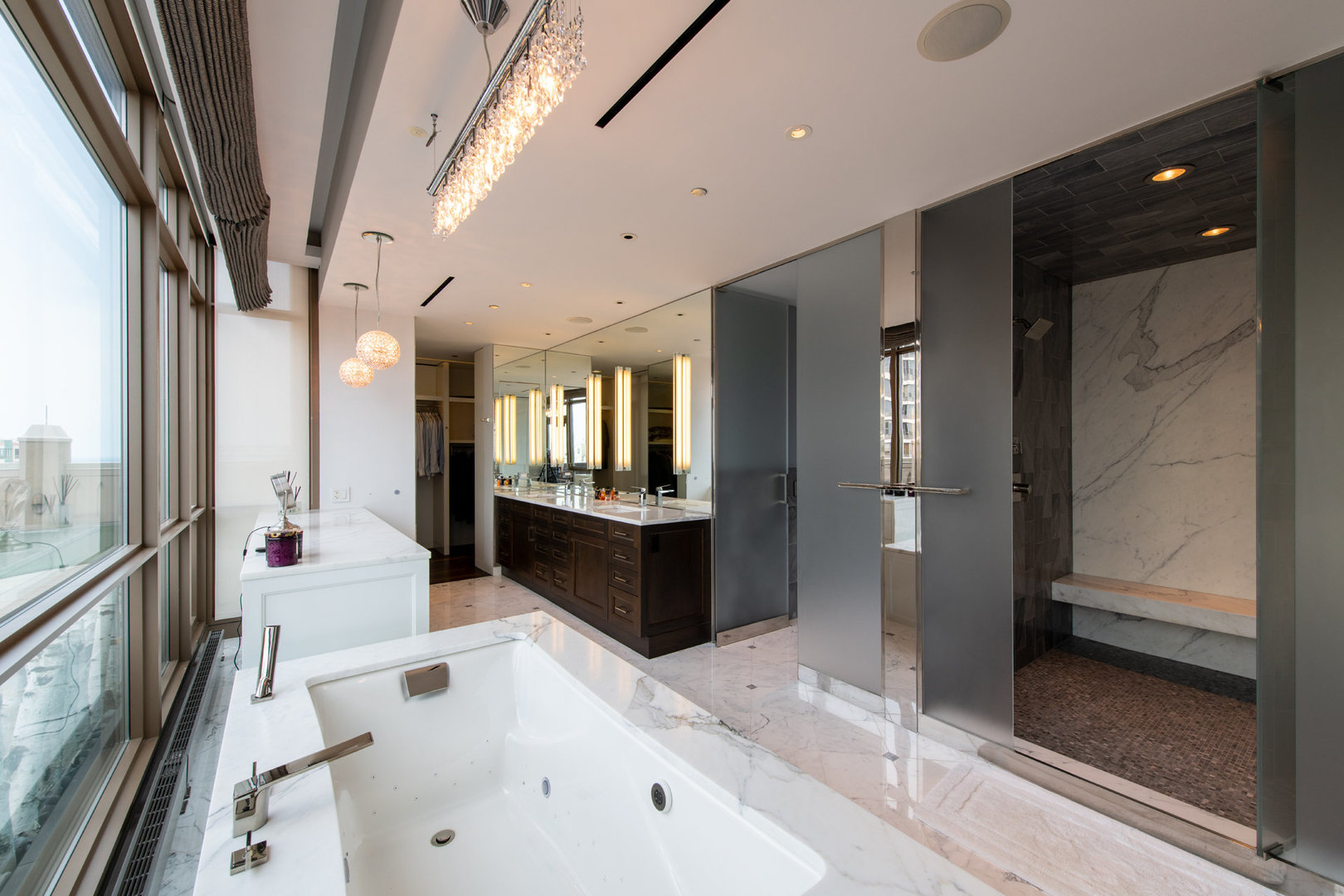 $8,500,000 - 3Br/4Ba -  for Sale in Chicago