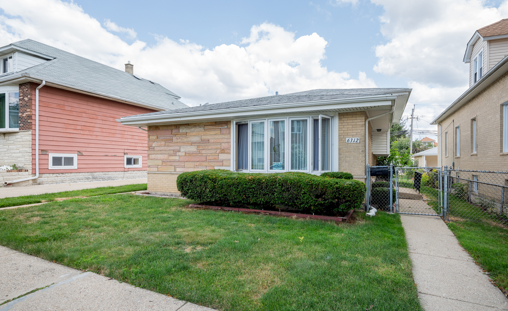 Wow!!! amazing opportunity! great chicago dunning location!!! large solid home!! freshly painted thr