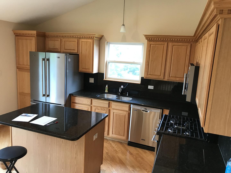 PropertyUP[09888161]|sale| 1001 Victoria Glendale heights, Illinois ...