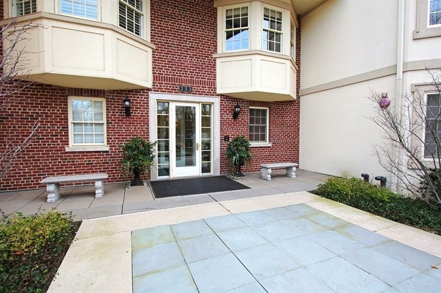 333 E Westminster Rd Unit 3B, Lake Forest IL 60045