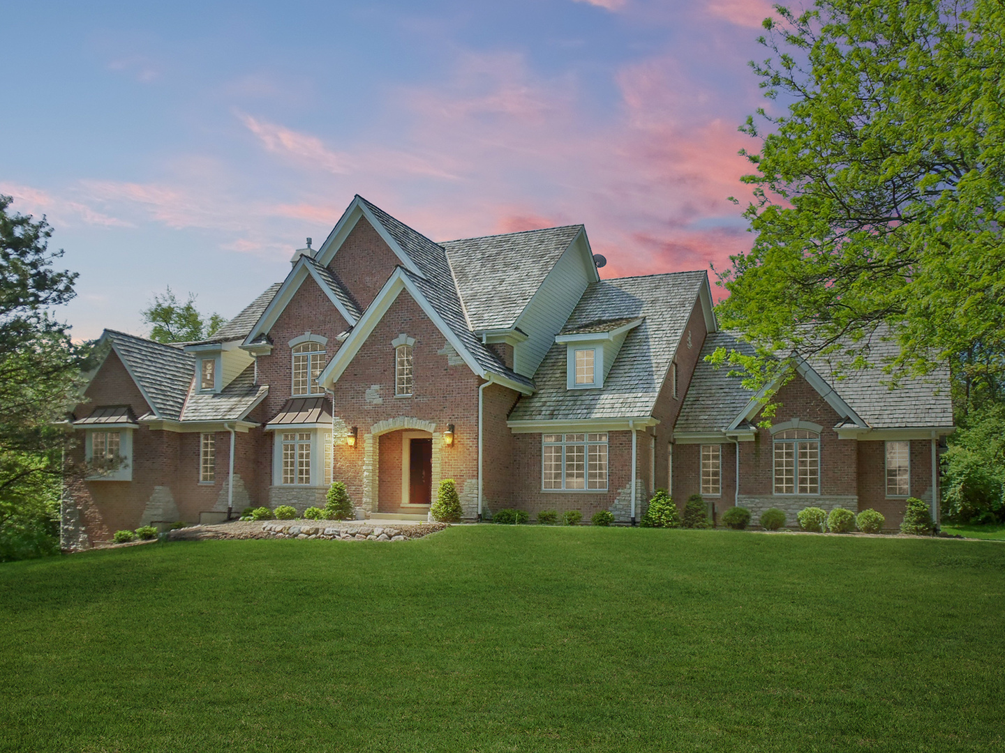 7517 Bull Valley Road, Mchenry, IL 60050
