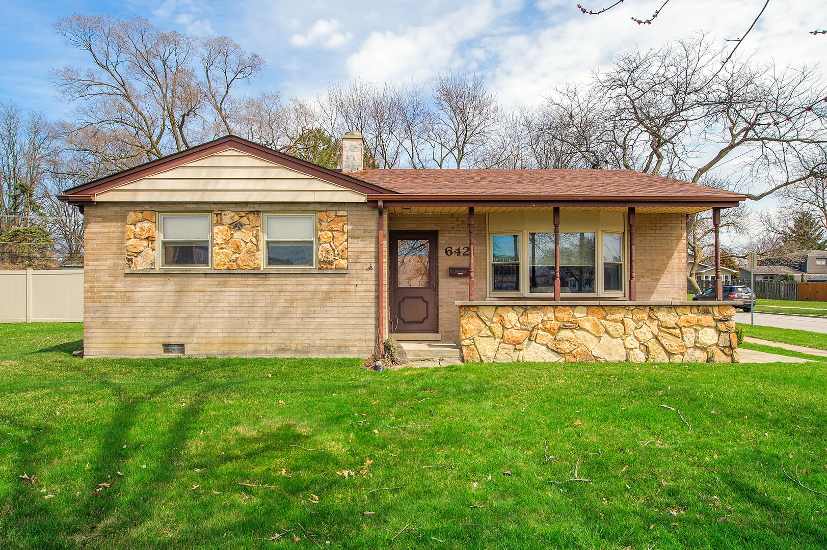 6421 DUNHAM ROAD, DOWNERS GROVE, IL 60516